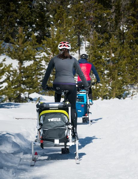 thule trailer on fat bike with thru axle