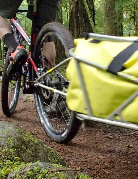 using a BOB trailer on singletrack