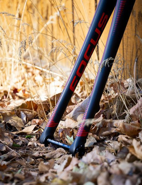 FOCUS R.A.T. axle front fork 15mm